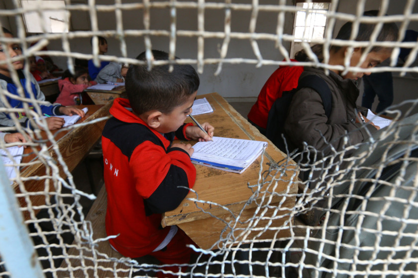 Copy of 2018-11-26T122248Z_1484018388_RC1309D3BA00_RTRMADP_3_MIDEAST-CRISIS-SYRIA-RAQQA-EDUCATION