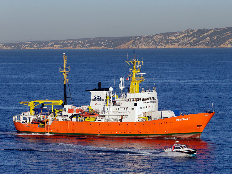 France_Migrants_Boats_11653