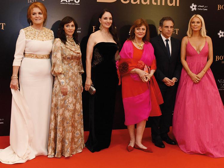 181208 Sarah Ferguson, Natalie Imbruglia, Madeline Stowe, Susan Sarandon, Ben Stiller and Caroline Stanbury