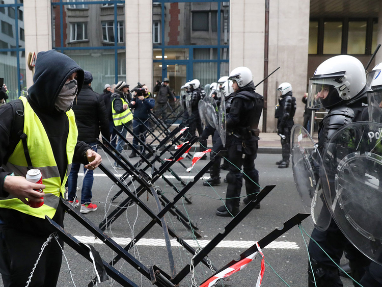Brussels yellow vest