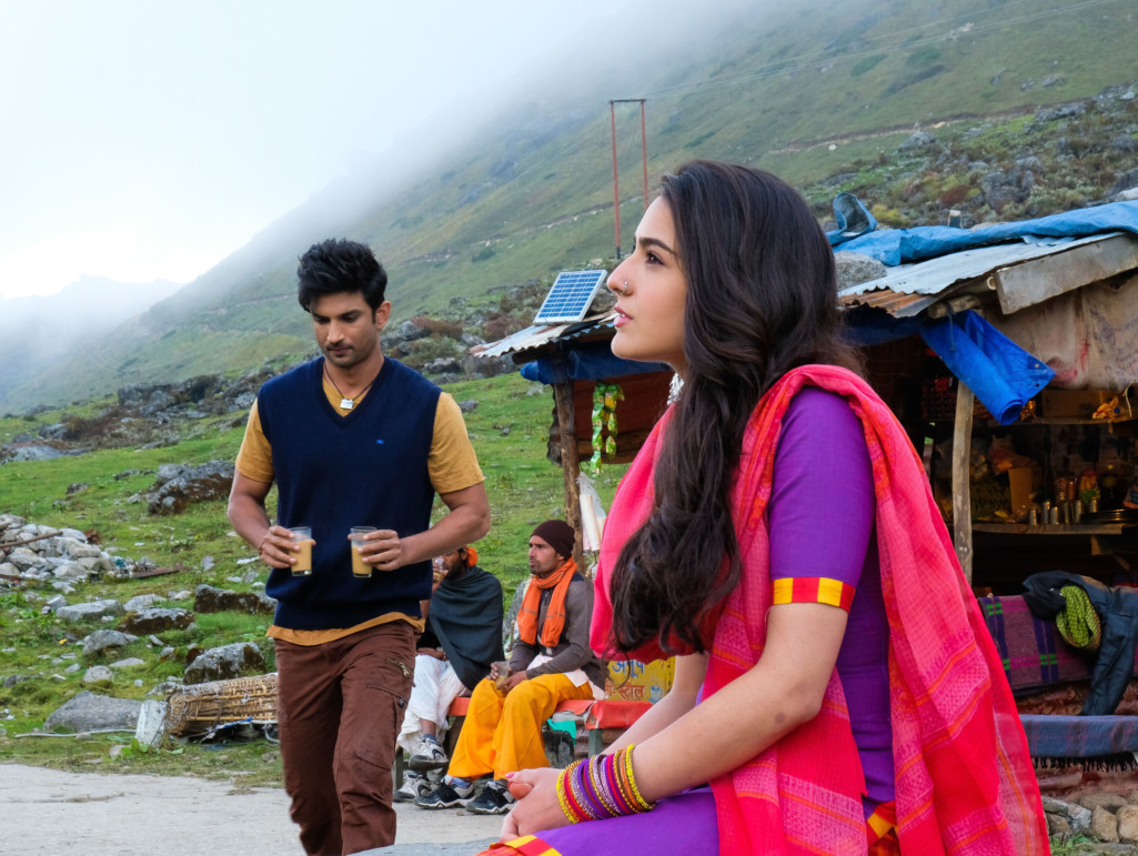 Sara Ali Khan and Sushant Singh Rajput  Kedarnath-(2)