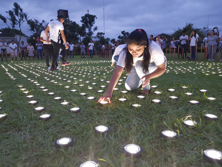 NAT Guiding Light - Light-up event in Bolivia 22