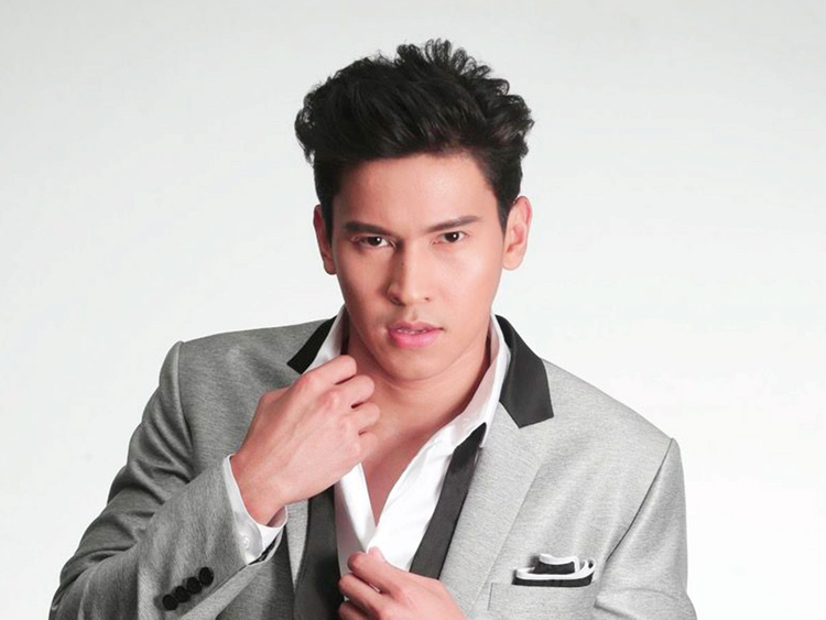 181211 Actor Enchong Dee.