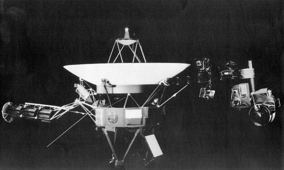 Interstellar_Voyager_22306