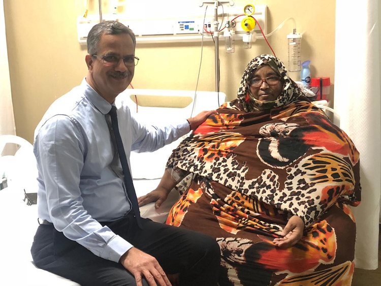 NAT-181211 Dr. H V Shivaram with 51 Year old sudanese patient