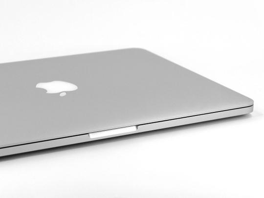 Faulty Apple laptops revive fears of battery fire