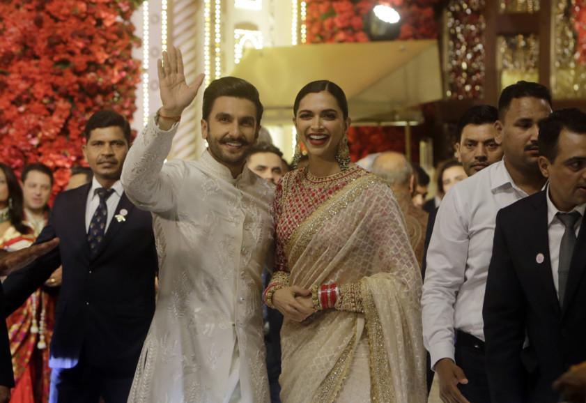 tab Deepika -Ranveer  India_Wedding_82717.jpg-9b934