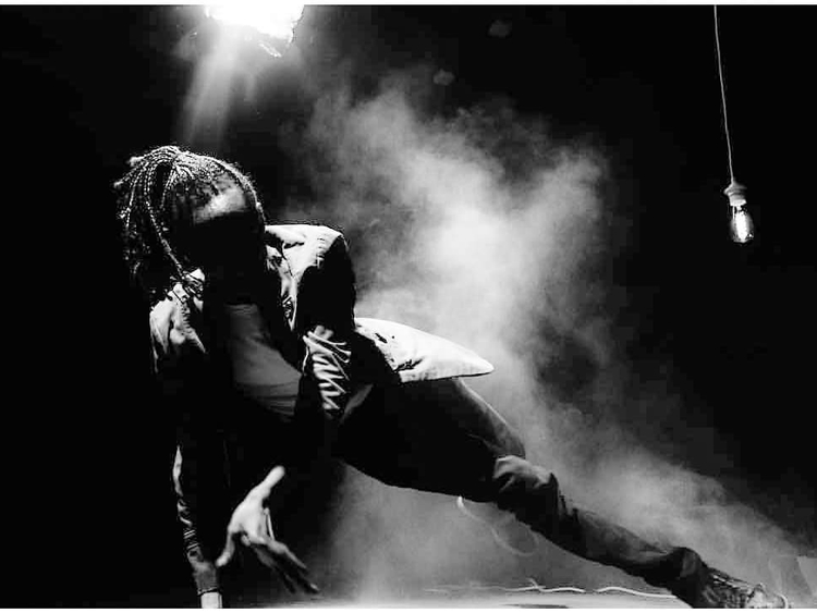 REG_181125 Dance_SAN