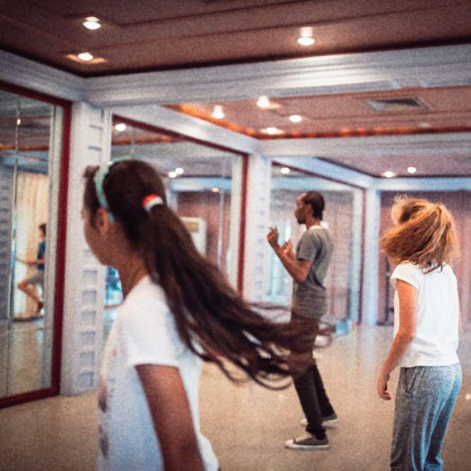 REG_181125 Dance class_SAN
