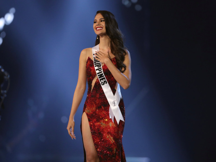 tab Thailand_Miss_Universe_5