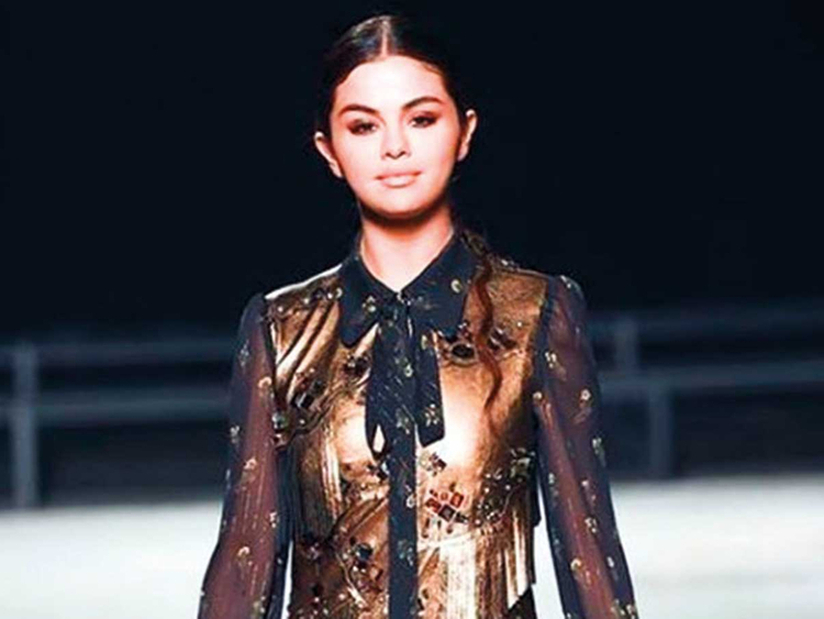 181222 Selena Gomez