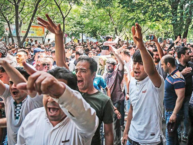 REG-181211_NOV_IRAN-PROTEST22-(Read-Only)