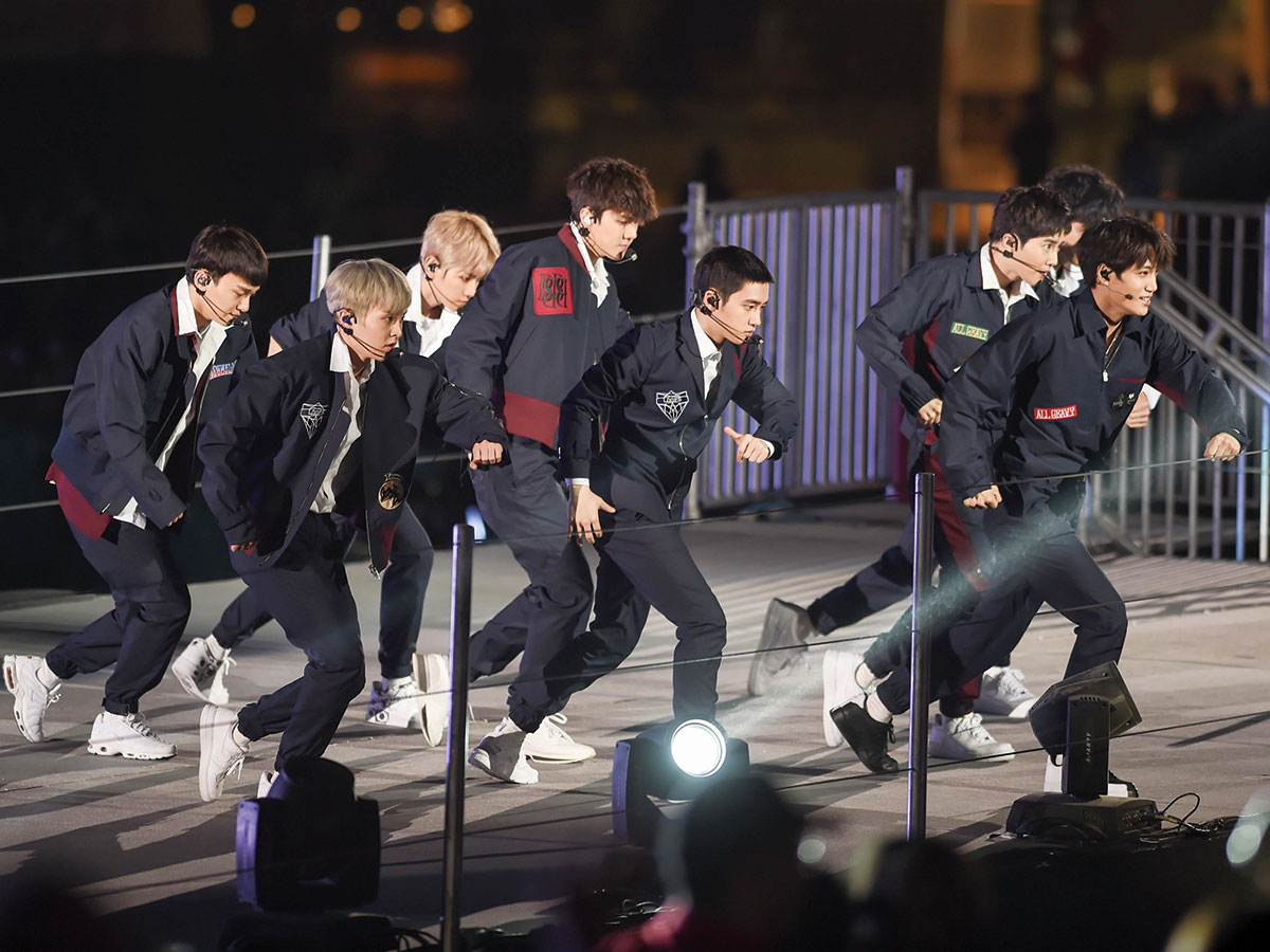 yearEnd-K-Pop-Exo-(Read-Only)