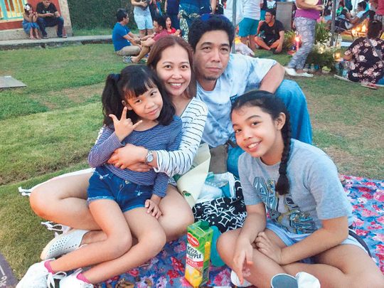 NAT-181224-FAMILY-28-(Read-Only)