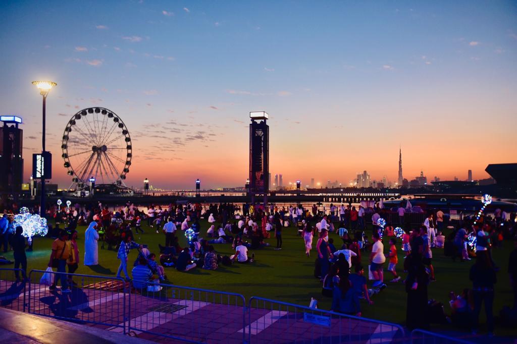 People enjoy the last sunset of 2018