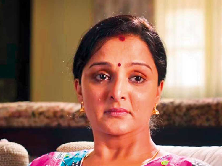 Mohanlal Film Review Manju Warrier Comedy Is A Tedious Watch