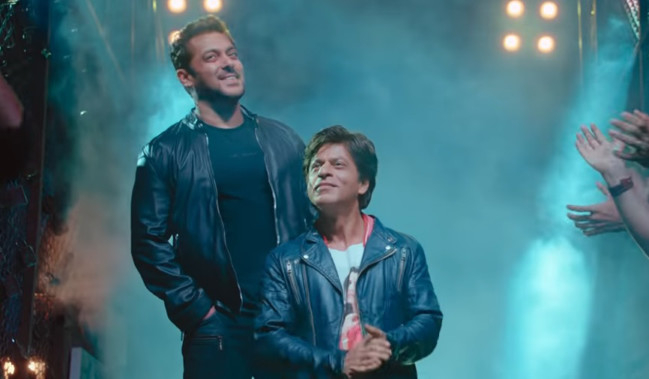 Shah Rukh Khan S Unique Eid Wish Sets Off Social Media Frenzy