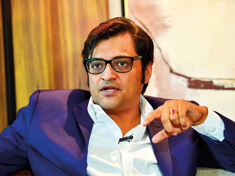 Indian journalist Arnab Goswami trolled for calling