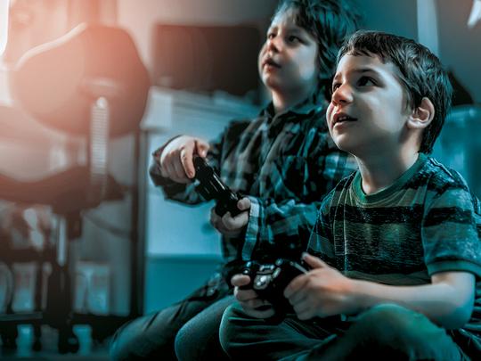 Saudi Arabia bans video games after children's deaths