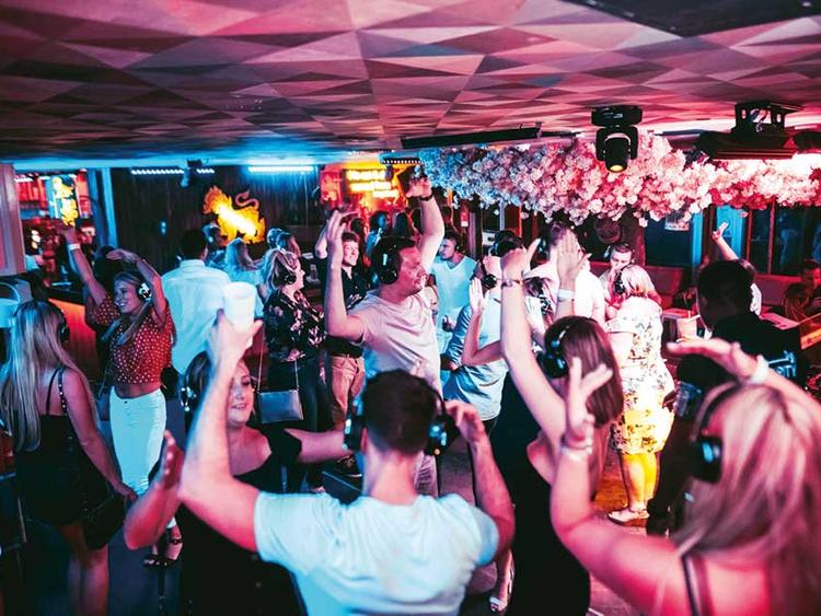 Дубай дискотека купить недвижимость за рубежом у моря недорого