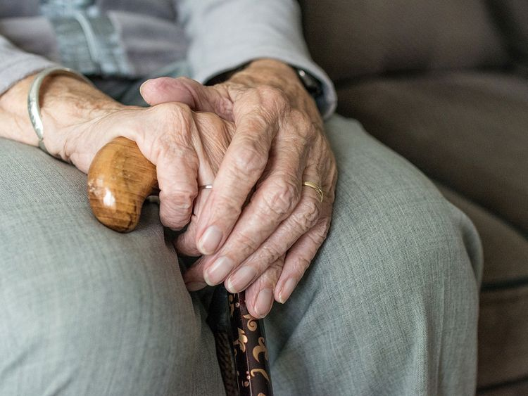 old woman cane generic