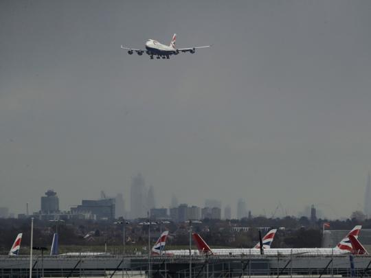 NAT-LONDON-AIRPORT33-1547635203543