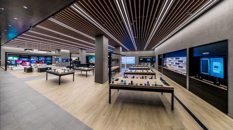 Samsung ME Store Dubai Mall