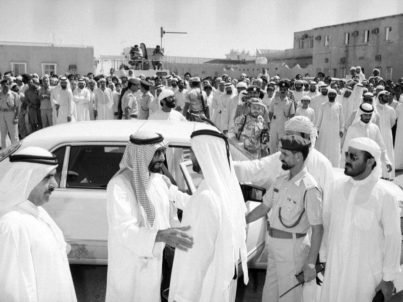 Shaikh Mohammad with Shaikh Zayed during the funeral of Shaikh Rashid Bin Saeed Al Maktoum.