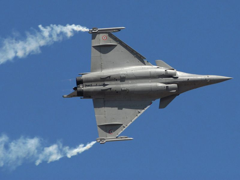 India's Rafale deal: What the controversy is all about