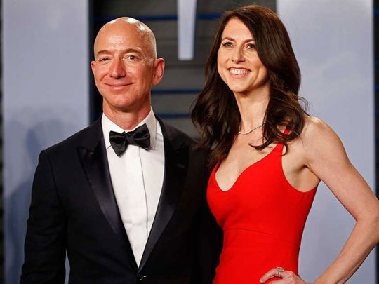 Jeff Bezos and wife