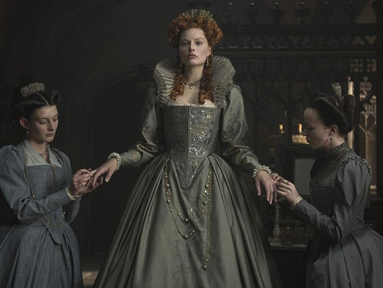 tab-Margot-Robbie-in-Mary-Queen-of-Scots-(2018)-1547964232733