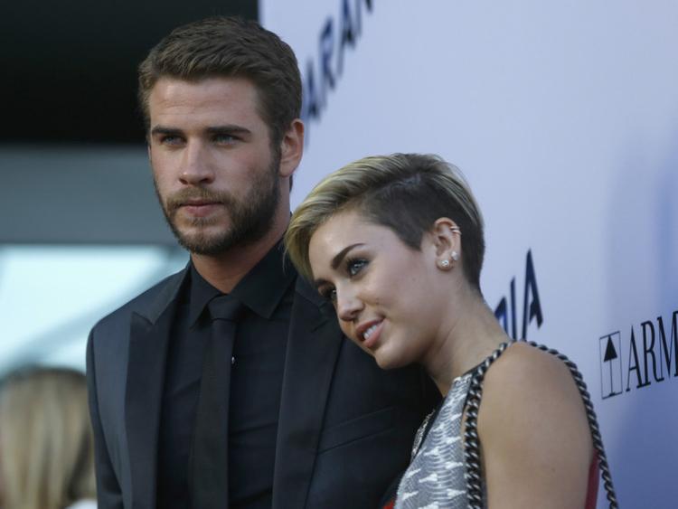 TAB_Miley-Cyrus-and-Liam-Hemsworth-2-1548051258045