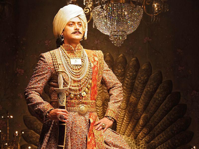 Jisshu Sengupta as Gangadhar Rao.