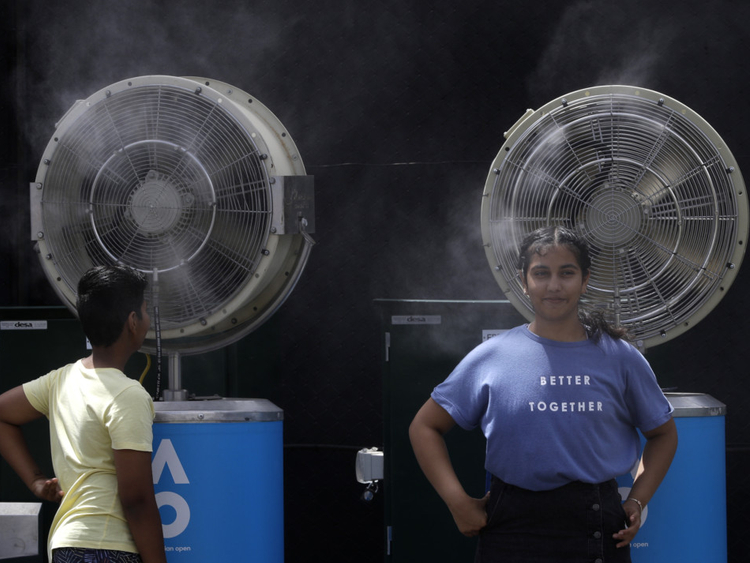 Power outages as Australia swelters through extreme temperatures