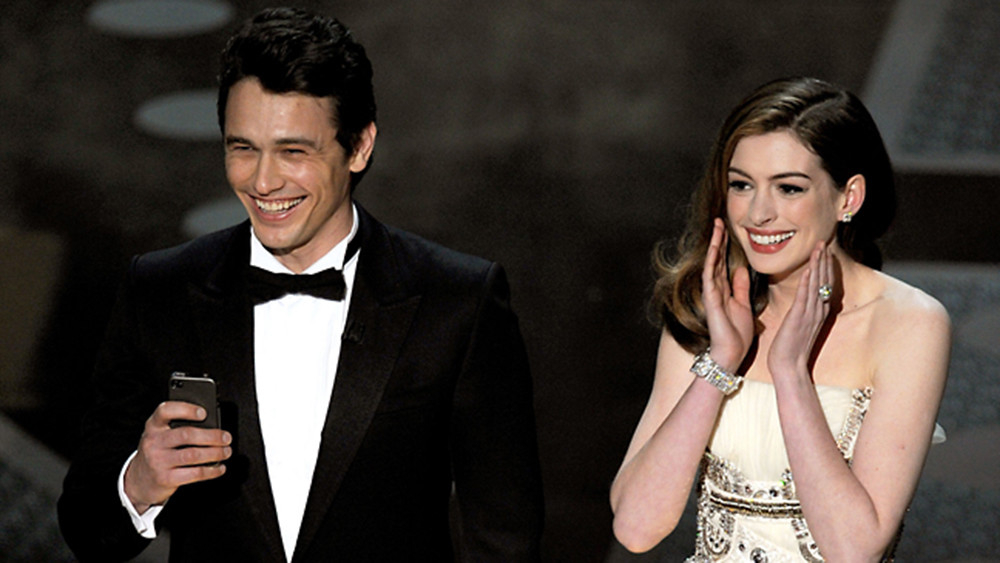 TAB-190126-James-Franco-and-Anne-Hathway-1-1548490767532