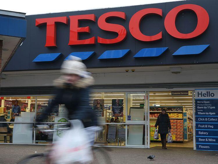 190128 Tesco supermarket in London