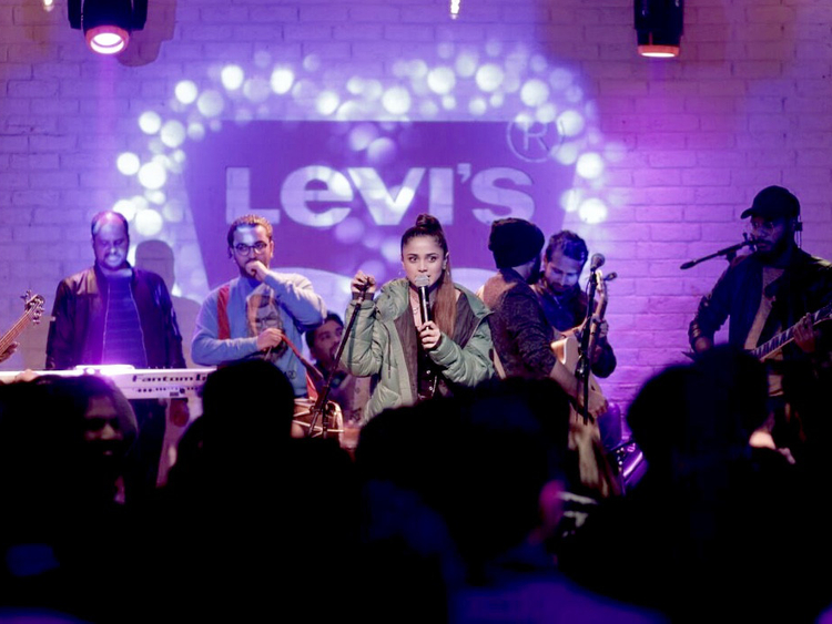 Aima-Baig-performing-at-Levi-s-Live-session-1548657181833
