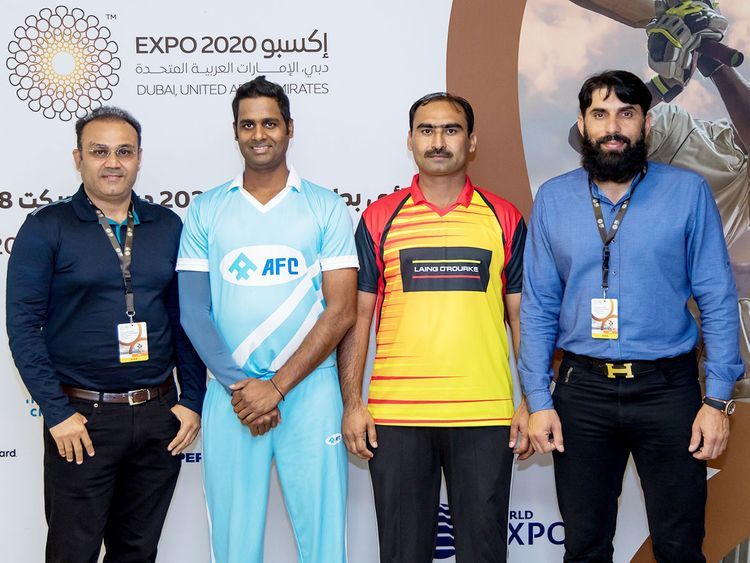 Misbah-ul-Haq (right) and Virender Sehwag