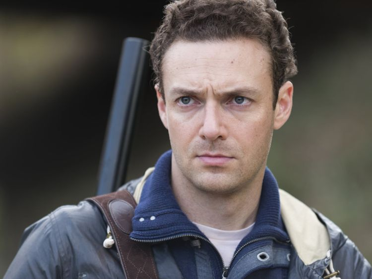 Hot-Ross-Marquand-1549004311142