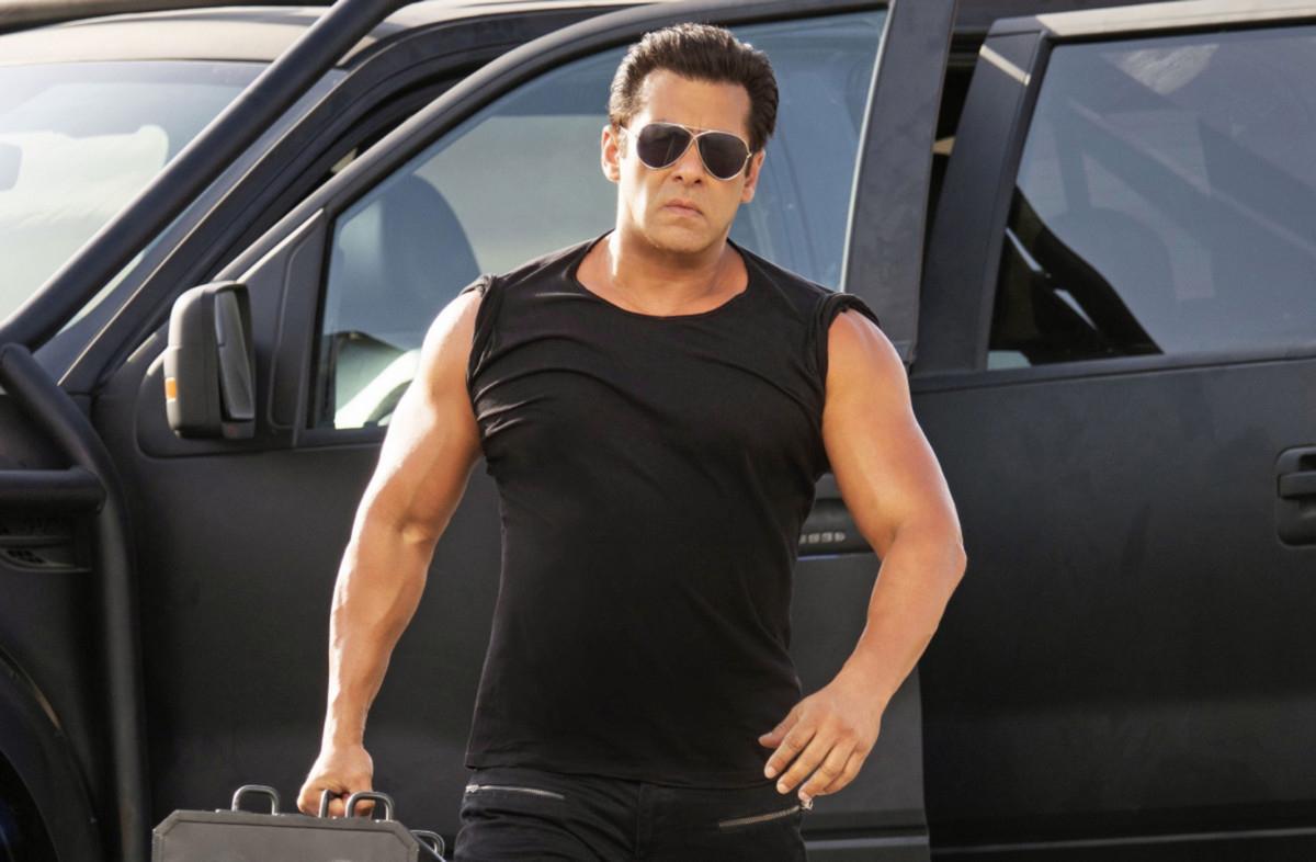 Hot-Salman-Race-3-1549012231496