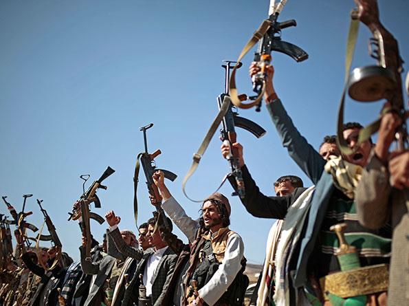 tribesmen loyal to Al Houthi rebels