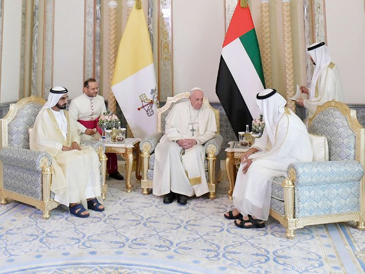 Pope Francis with Shaikh Mohammad Bin Rashid 7