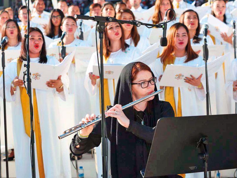 Choir perfroming