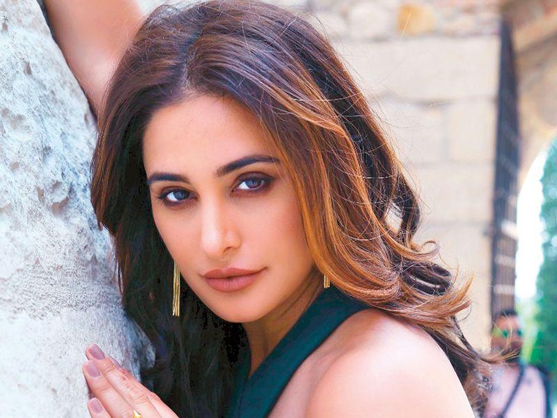 Nargis Fakhri in 'Amavas'.