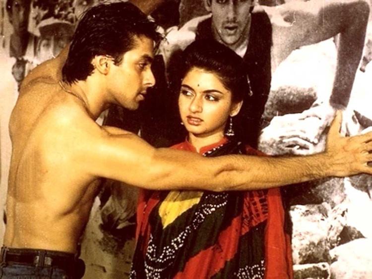 tab_-Maine-Pyar-Kiya--Bhagyashree-with-Salman-Khan-1-1549520395779