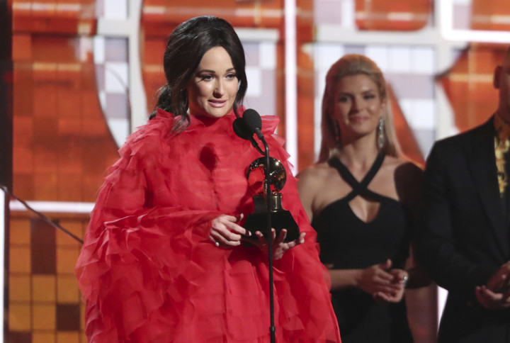 tab--Kacey-Musgraves-winning-Grammy-1549862875037