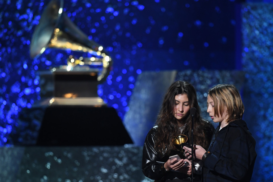 tab-Chris-Cornell-s-daughter-accepting-award-Grammy-1549868371437