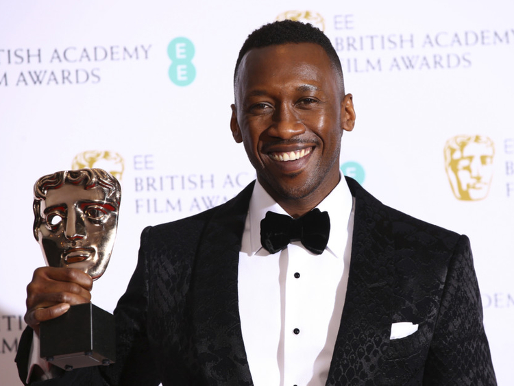 tab-Mahershala-Ali-_BAFTA_Film_Awards_2019_Winners-1549865503183
