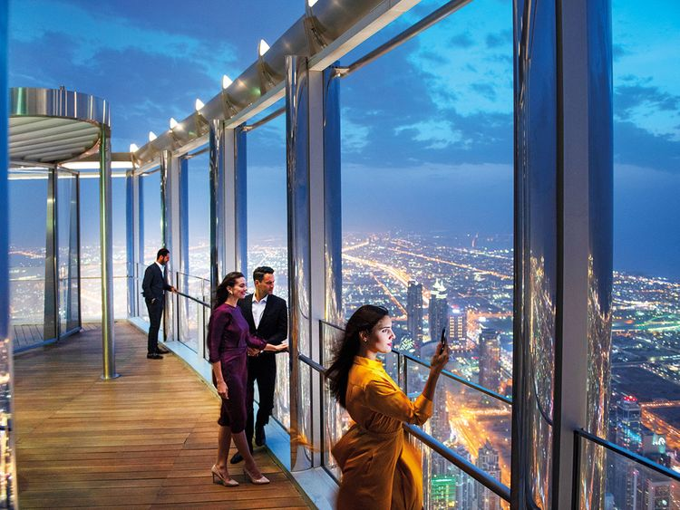 Highest lounge in the world' opens at the Burj Khalifa