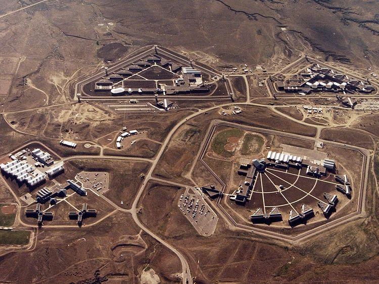 El_Chapo_Prison_38871